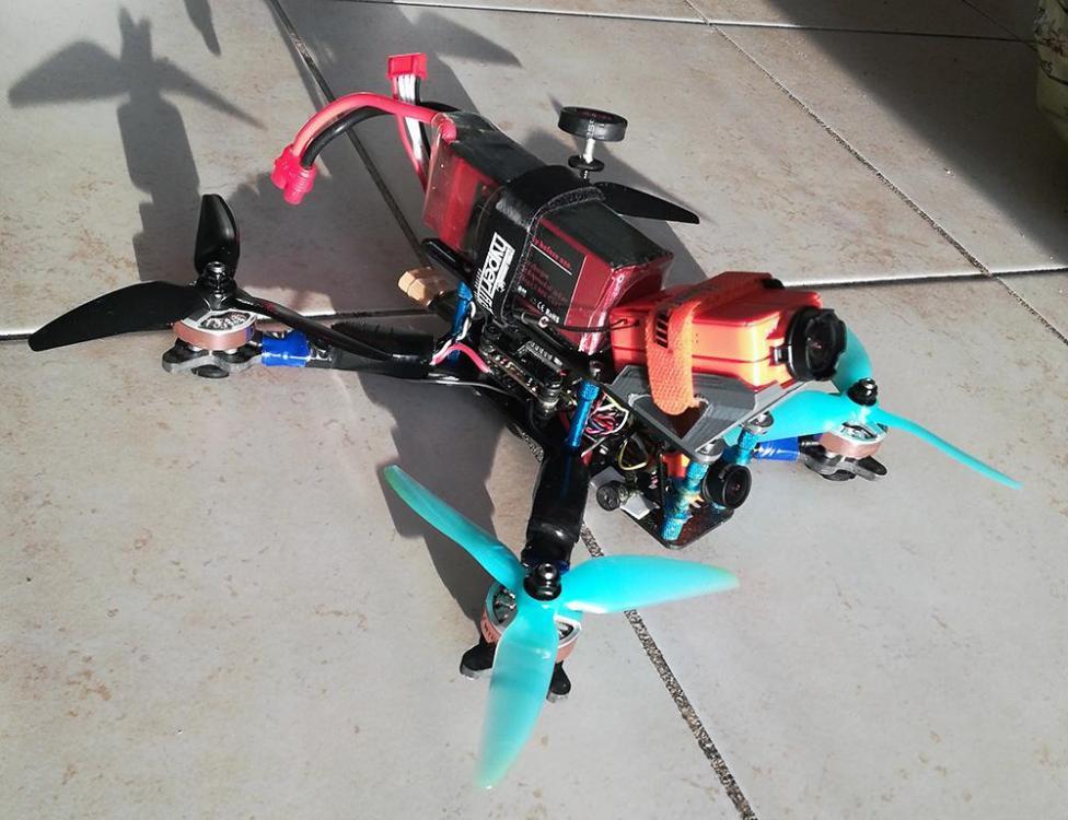 drone_build_001.thumb.jpg.6ec074a64b6a579d3cb544c6102601ab.jpg